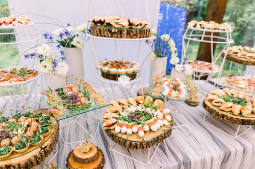 Pasarel Lake Club - Weddings - Events Ресторант за сватби и събития София. Организирайте Вашата мечтана горска сватба, личен празник, погача.